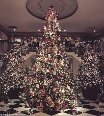 Christmas Decorations In Trees by Kourtney Kardashian Shows Off Her Christmas Trees After Mother
