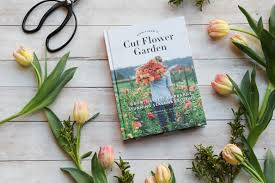 creative vegetable gardener 5 fabulous cut flowers for your garden