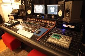 Home Studio Mixing Desk by Studio Tour Pearl Tone Recordings
