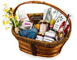 gift basket your guide to building custom gift baskets