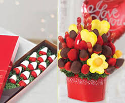 chocolate covered fruit baskets edible arrangements fruit baskets chocolate covered strawb