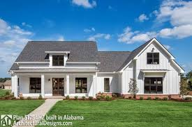 one story farmhouse best 25 small farmhouse plans ideas on pinterest home modern one