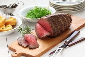 cuisiner un rosbeef recette facile de rôti de bœuf à la mijoteuse