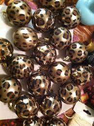 diy cheetah print ornaments have a wild christmas