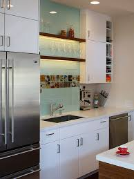 Glass Kitchen Backsplash Ideas - Glass tile backsplash ideas