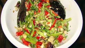 cuisiner le poivron vert recette de salade d aubergines haricots verts et poivron