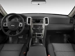 jeep grand cherokee dashboard feature flick supercharged jeep grand cherokee srt 8 takes on