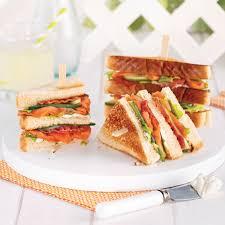 cuisiner saumon fumé sandwich au saumon fumé et bacon recettes cuisine et