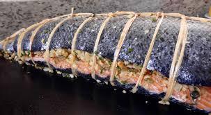 cuisiner un saumon entier saumon farci aux amandes et beurre blanc à ma façon cuisine