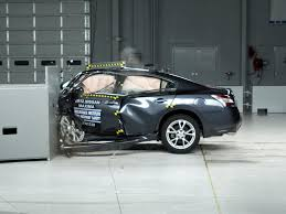 nissan maxima youtube 2015 2012 nissan maxima driver side small overlap iihs crash test youtube