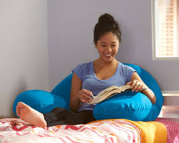 Pillow For Reading In Bed Yogibo Support Pillow
