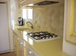 lave cuisine cuisine lave émaillée jaune cédric farrusseng marbrier