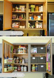 rangement placard cuisine astuces maison avant et apres organisation du placard du cuisine