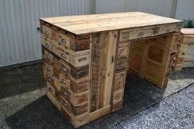 plan de bureau en bois palette bureau bureau en bois de palette plan de bureau en palette