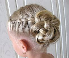 flower girl hair 35 fancy flower girl hairstyles for every wedding part 10