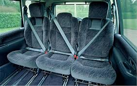 renault espace interior renault espace estate 1997 2003 driving u0026 performance parkers