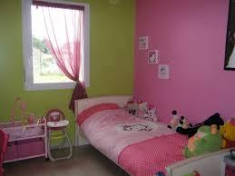 chambre fille vert décoration chambre fille vert 23 bordeaux 29360034 design