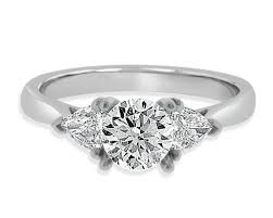 bespoke engagement ring shop for engagement rings in dublin with bespoke diamonds