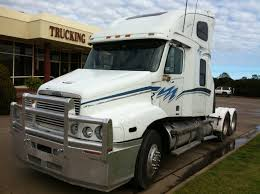 2002 freightliner century class c112 s n w2323 trucking supplies