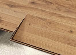 pavimenti laminati pvc come scegliere il pavimento flottante laminato o pvc community