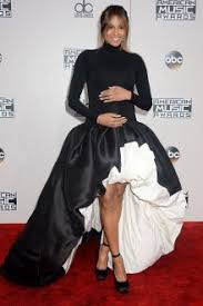 have an enchanting look with long sleeve celebrity dresses