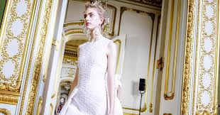 review clothing from rocha and gareth pugh the spectacle of it all the