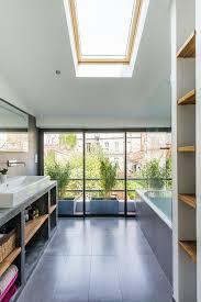 de cuisine light plan de cuisine ouverte sur salle manger bathroom scandinavian with