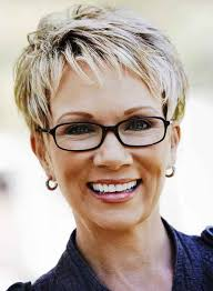 what enhances grey hair round the face women s hairstyles for grey hair helpful tips and haircuts
