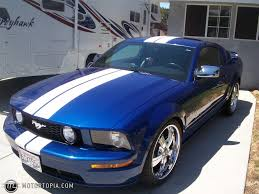 Blue Mustang Black Stripes 2006 Ford Mustang Gt Id 13385