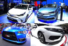 new toyota 2016 2017 toyota crown vs new toyota camry the largest affordable