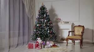 New Year Living Room Decorations by Christmas Living Room Decorated Christmas Tree And Gift Boxes In