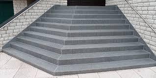 treppen sanierung treppensanierung mit treppenbelag aus verschleißfreiem polymerbeton