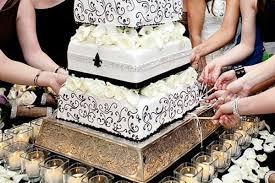 10 wedding traditions found around the world