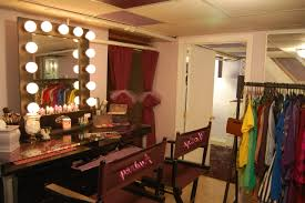 furniture makeup mirror with lighting and glass top vanity table