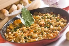 cuisiner pois chiches soupe de pois chiches à l orientale châtelaine
