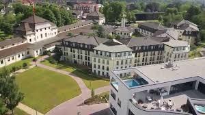Bad Nauheim Therme Klinik Im Kurpark Youtube