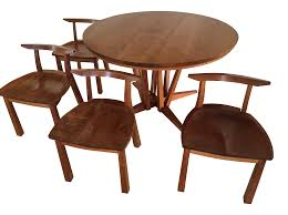 thomas moser edo table with 4 dining chairs 3184