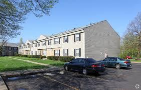 one bedroom apartments in columbus ohio amberly square apartments rentals columbus oh apartments com