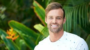 robby u0027s hair was the best part of the bachelor in paradise premiere