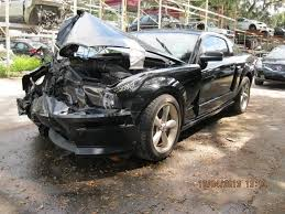 Black 04 Mustang Gt Wrecked 2007 09 Black Gt Cs On Ebay The Mustang Source Ford