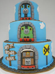 three tiers cakes with thomas and friends birthday cake with