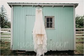 Mr Barn Mr Mrs Colbert Avon Wedding Barn Avon In Photographer