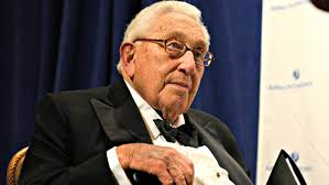 kissinger meets trump to advise on north korea china the daily