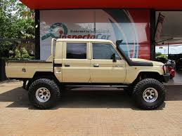 toyota cab land cruiser wish we could get these in the states i agree toyota land