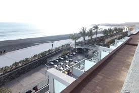 r2 design hotel bahia playa tarajalejo meerseitig mit frühstücksterrasse r2 design bahia playa in