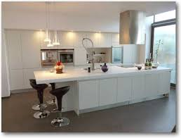 cuisine ouverte avec ilot table 25 incroyable cuisine ouverte avec ilot bar design de maison