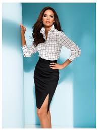 look bureau femme chemisier jupe crayon taille haute un look de femme fatale au