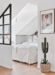 Small Apartment Bedroom Ideas Best 25 Small Apartment Bedrooms Ideas On Pinterest Apartment