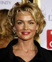 short curley hairstyles for middle aged women 15 popular short curly hairstyles for round faces short