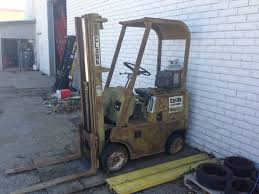 can someone help me identify this clark forklifts year